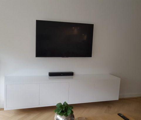 Wit tv-dressoir